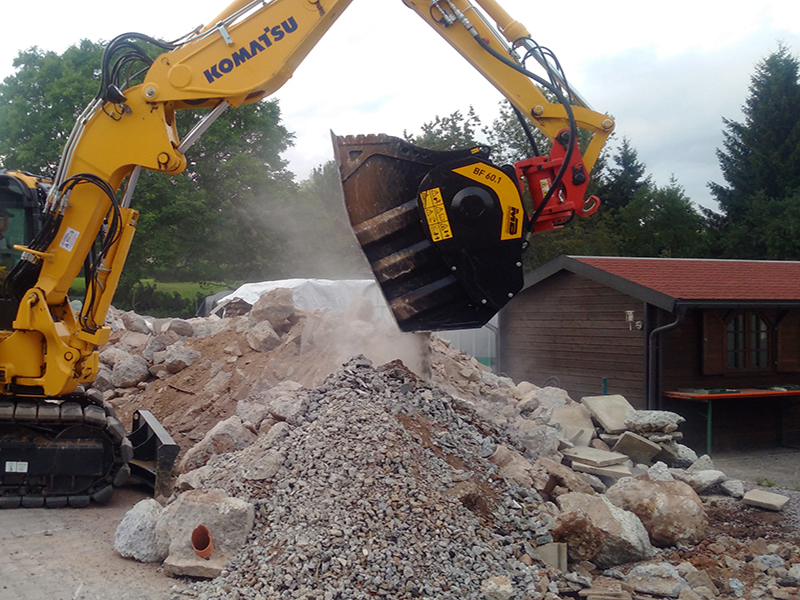 Used MB BF60 Crushing Bucket