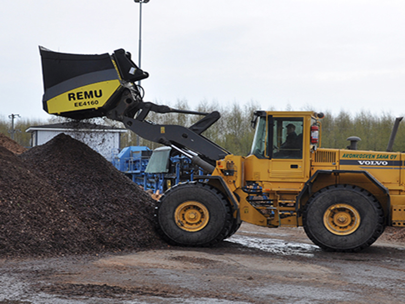 Used Remu EE4160 HD Screening Bucket