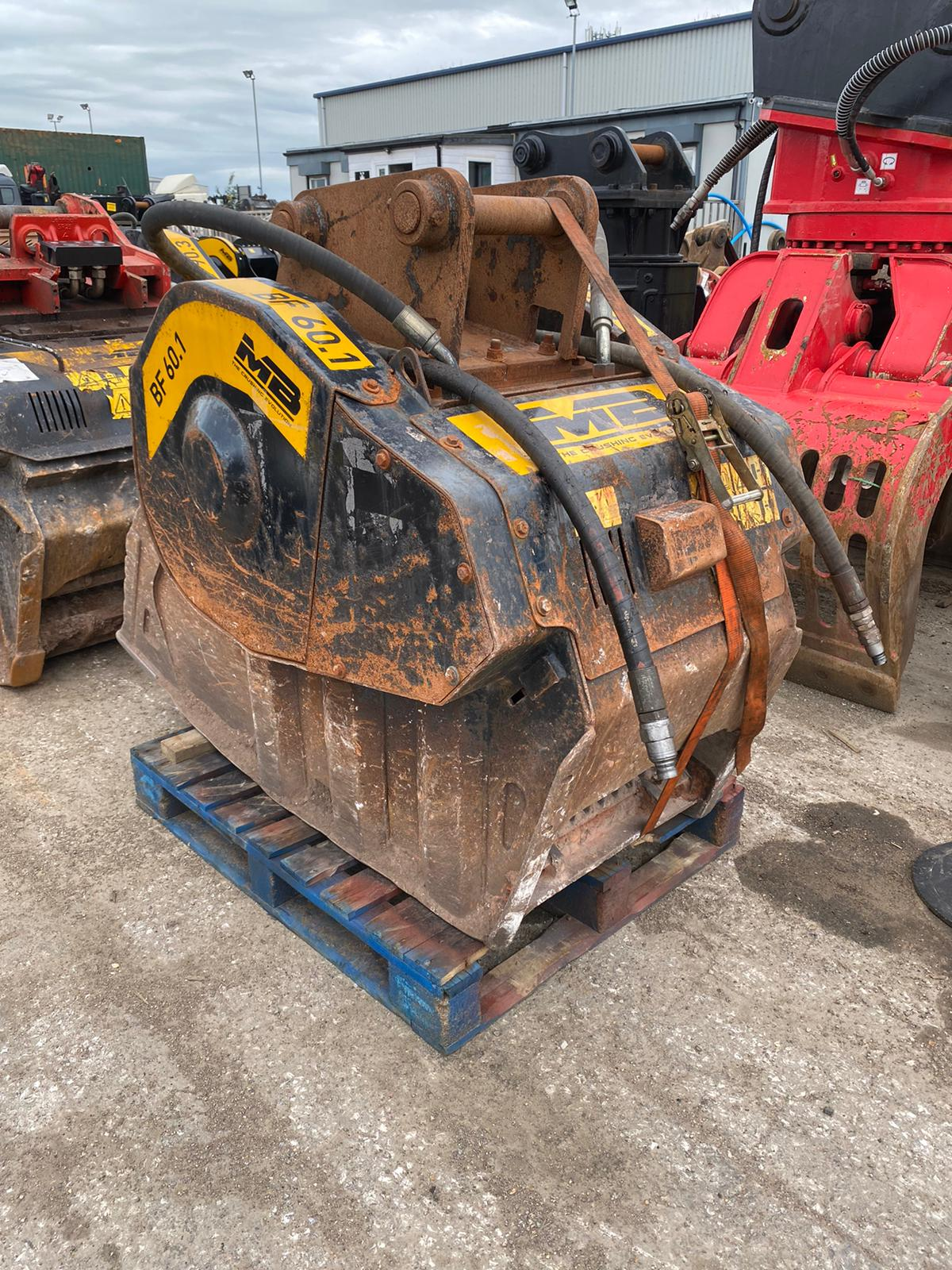 Refurbished BF60 Crushing Bucket