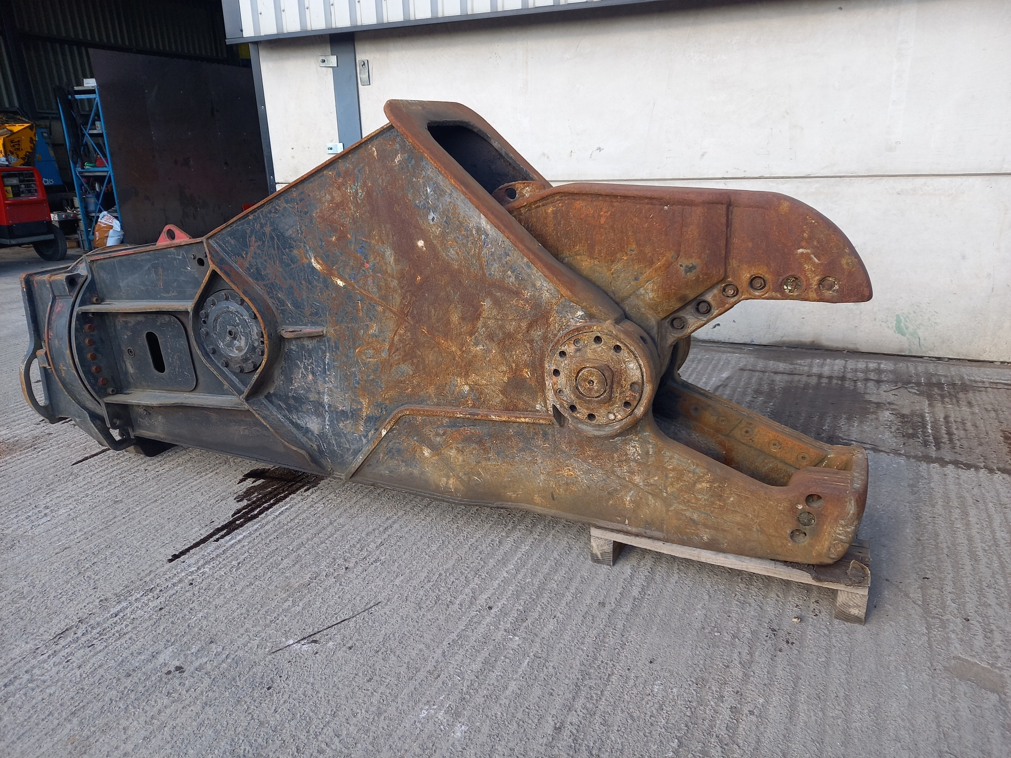 Used CAT Shear for Sale